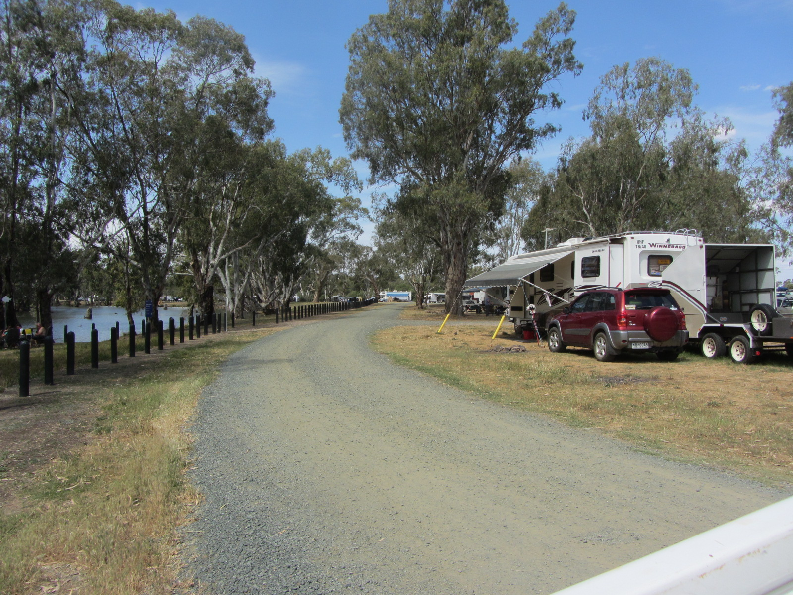 Campers beside the Campaspe River