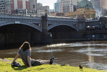 Yarra River at Princes Bridge, by Zarleen Blakeley
